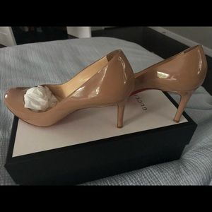 Nude Patent Leather Christian Louboutin heels sz40